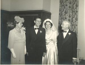 Small_mutti_and_pops_and_parents_at_wedding